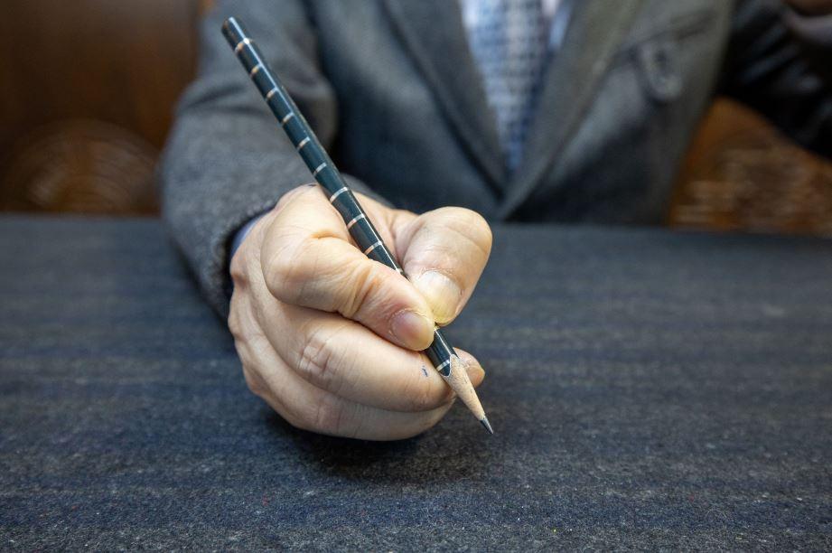 【家長必讀】揸筆記住4大點  寫字工整唔會攰