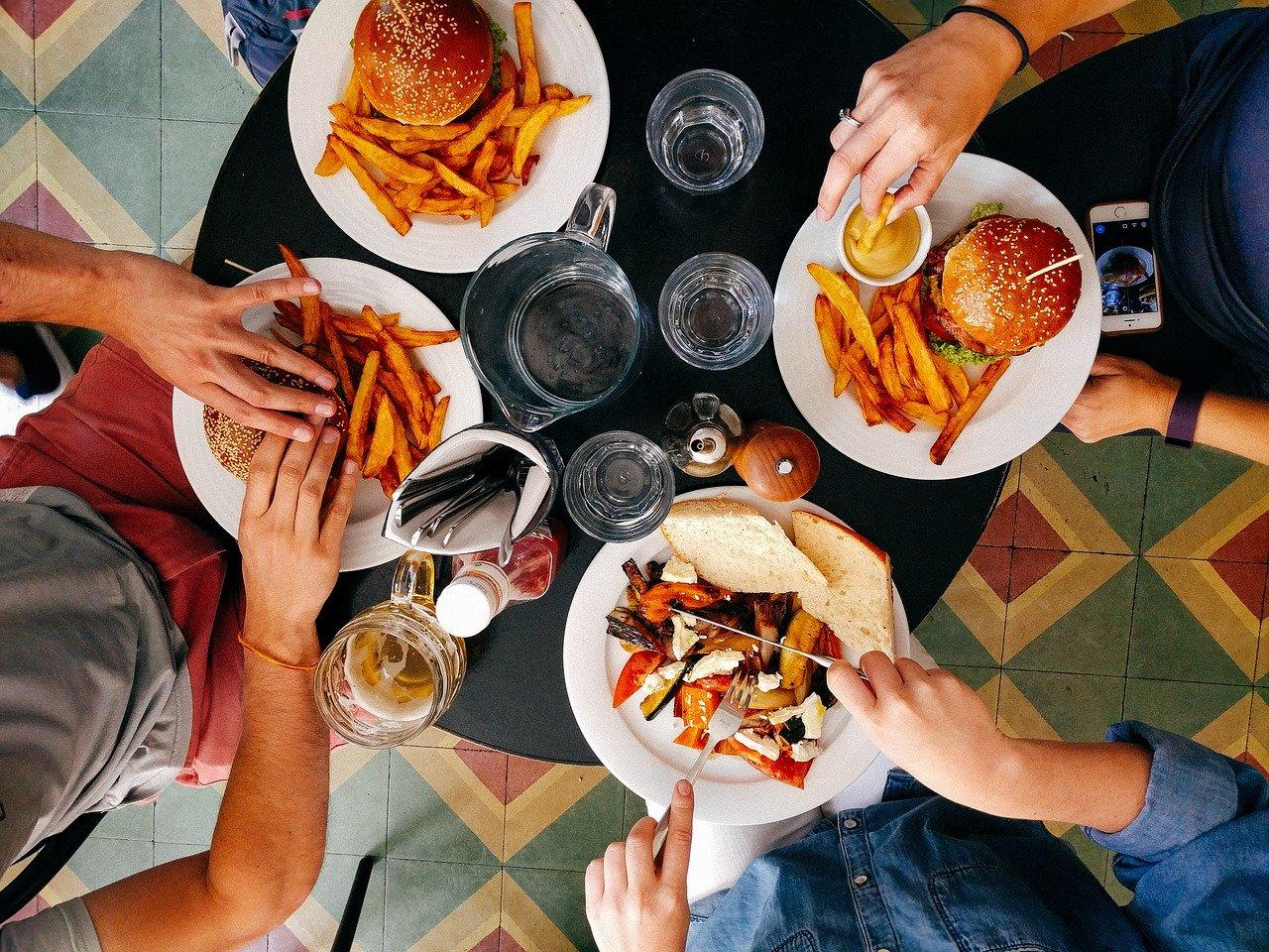【極邪惡】食一餐垃圾食物 專注力竟然會咁
